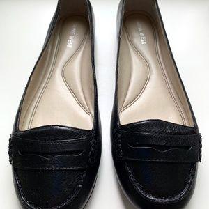 Nine West Black Leather Loafers Size 8